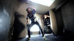 激しい!全身をふるわせるパワー全開のDubstepダンスが衝撃的!