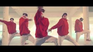 ジョーカーがダンス!?不気味さとかっこよさを上手く織り交ぜたダンス動画!