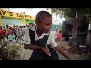 ダンスの本場ジャマイカは凄かった!話題のヒット曲『Happy』を子供から老人までノリノリで踊りまくる!