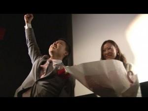 【素敵すぎる♪】ミュージカル風動画でプロポーズを演出するサプライズに感激!