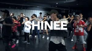 【仲宗根梨乃&近田力丸】がSHINee楽曲を振り付け!2人のスタジオでのダンスが公開!