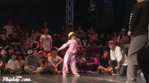 動きが止まらない!大人顔負け!7歳の中国人少女の弾けるダンスが超イケてる!