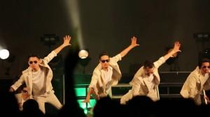 キレキレな「残酷な天使のテーゼ」!ブラスタの10周年記念LIVE映像が公開!